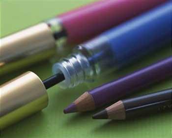 خط چشم مناسب با رنگ چشم شما چیست آرایشی بیست