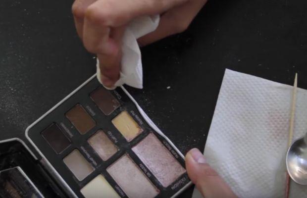 مواد لازم برای تعمیر لوازم آرایشی در آرایشی بیست