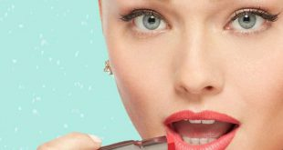 آرایش رژ لب در ارایشی بیست