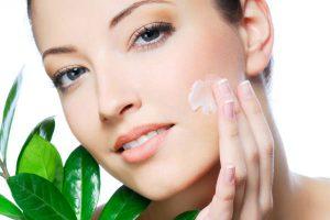 مزایای استفاده از لوسیون های آرایشی بیست